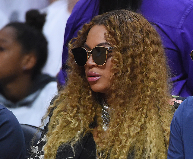 Beyonce will let Blue Ivy be at the birth