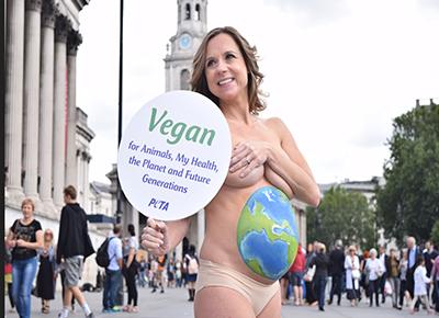 Pregnant and naked in Trafalgar Square