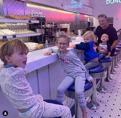 Alec Baldwin and kids