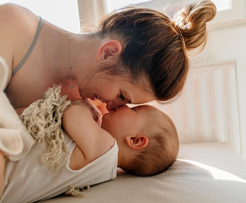 newborn baby examination