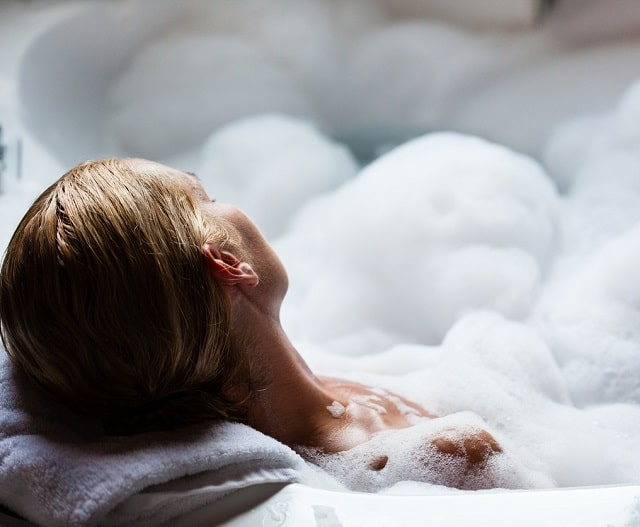 Can I have a hot bath during pregnancy?