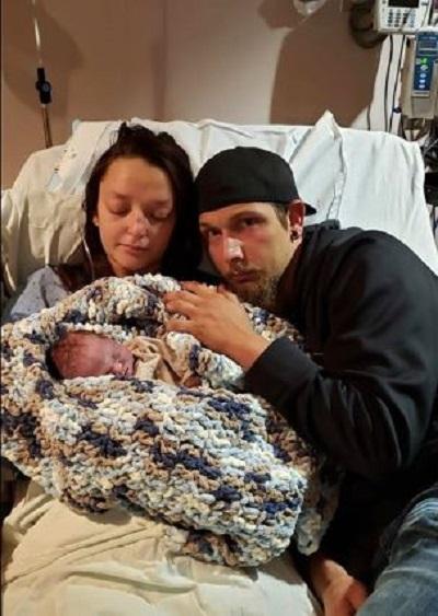 Cheyenne, Caden and baby Dean