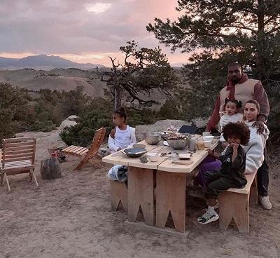 Kim, Kanye and family